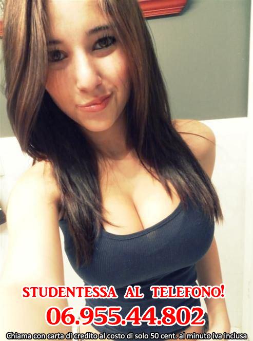 studentessa-sesso-al-telefono